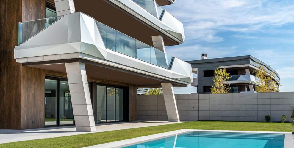 La Finca Real Estate